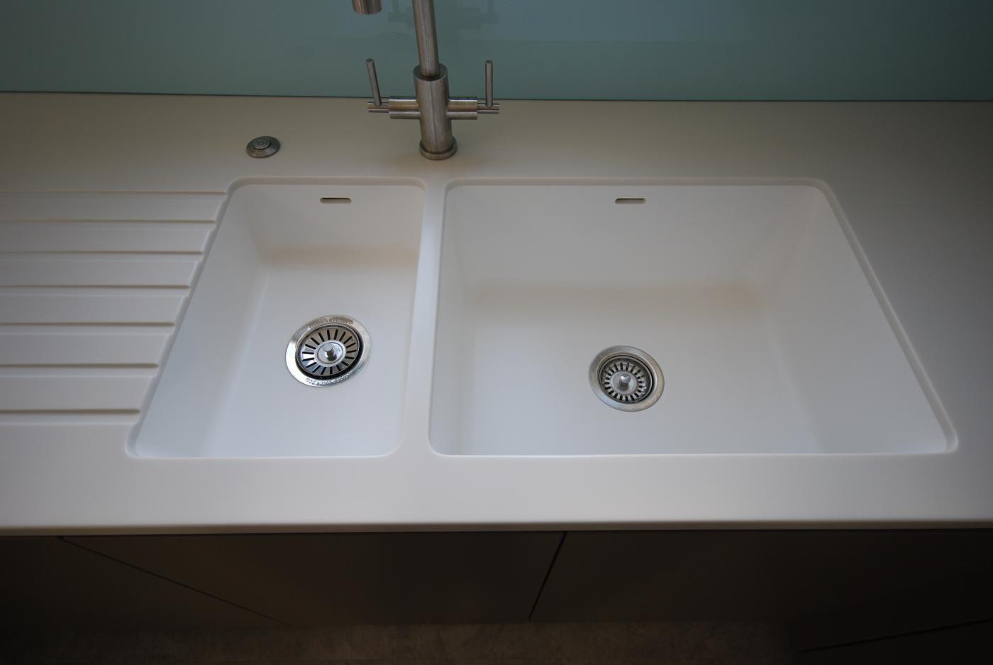 Sensational Corian 969 967 Sinks Seamlessly Joined To Worktop Download Free Architecture Designs Scobabritishbridgeorg