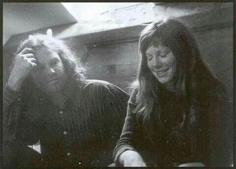 Jim Morrison and Pamela Courson, Paris, June, 1971 | jim ...