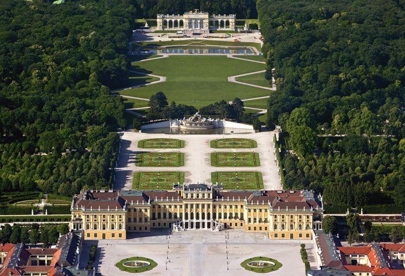 Schonbrunn Palace Vienna Austria Schloss Schonbrunn Schonbrunn Schloss