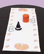 Halloween Table Runner / Scarf #embroidery #embroiderybyhand #JDNA #halloween