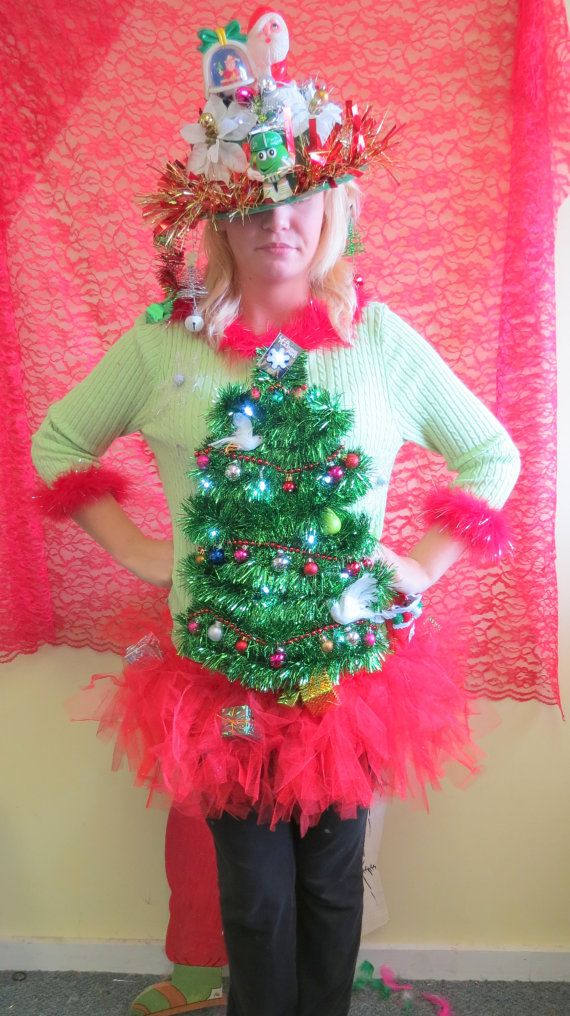 3b53a0270 Adorable 2 doves & a Pear in Garland Christmas Tree Ugly Christmas Sweaters Light  UP sz L With matching TuTu Tree Skirt Womens