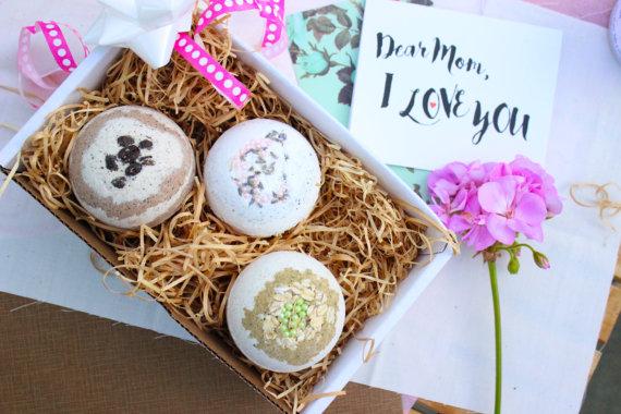 278153e0e73e Bath Bomb Gift Set- Bath Fizz Balls - Trio Bath Bomb Spa Gift Set -  Relaxation Kit - Handmade Essent