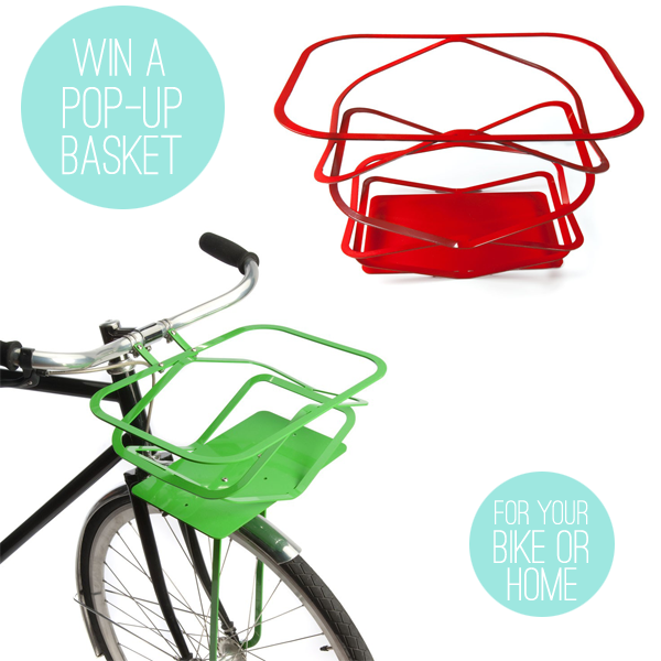 Love this pop-up basket from MIO! Available in mint, too. :D