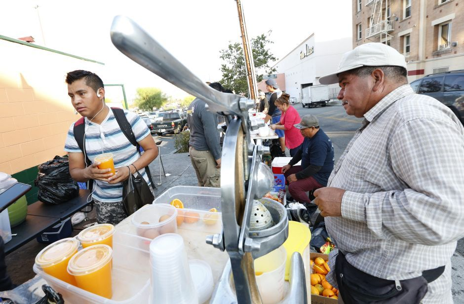 Fund Created To Financially Assist Los Angeles Street Vendors In 2020 Street Vendor Los Angeles Fund