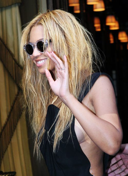Beyonce and her random fashion choices in Paris (6 photos) » beyonce ...