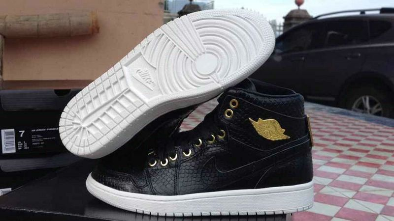 various colors 8dd02 df6cf Purchase Air Jordan 1 One Pinnacle Black Gold White Size 11 ...