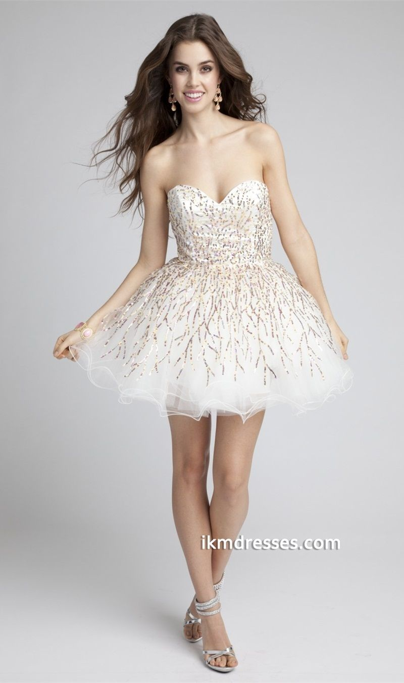 Robe bustier a sequins et tulle