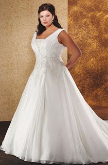 Unforgettable by Bonny Bridal : Style No. 1816 : Wedding Dresses Gallery : Brides  Simple elegance for the curvy bride