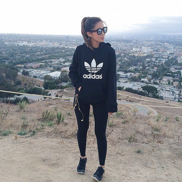 adidas sweatshirt outfit