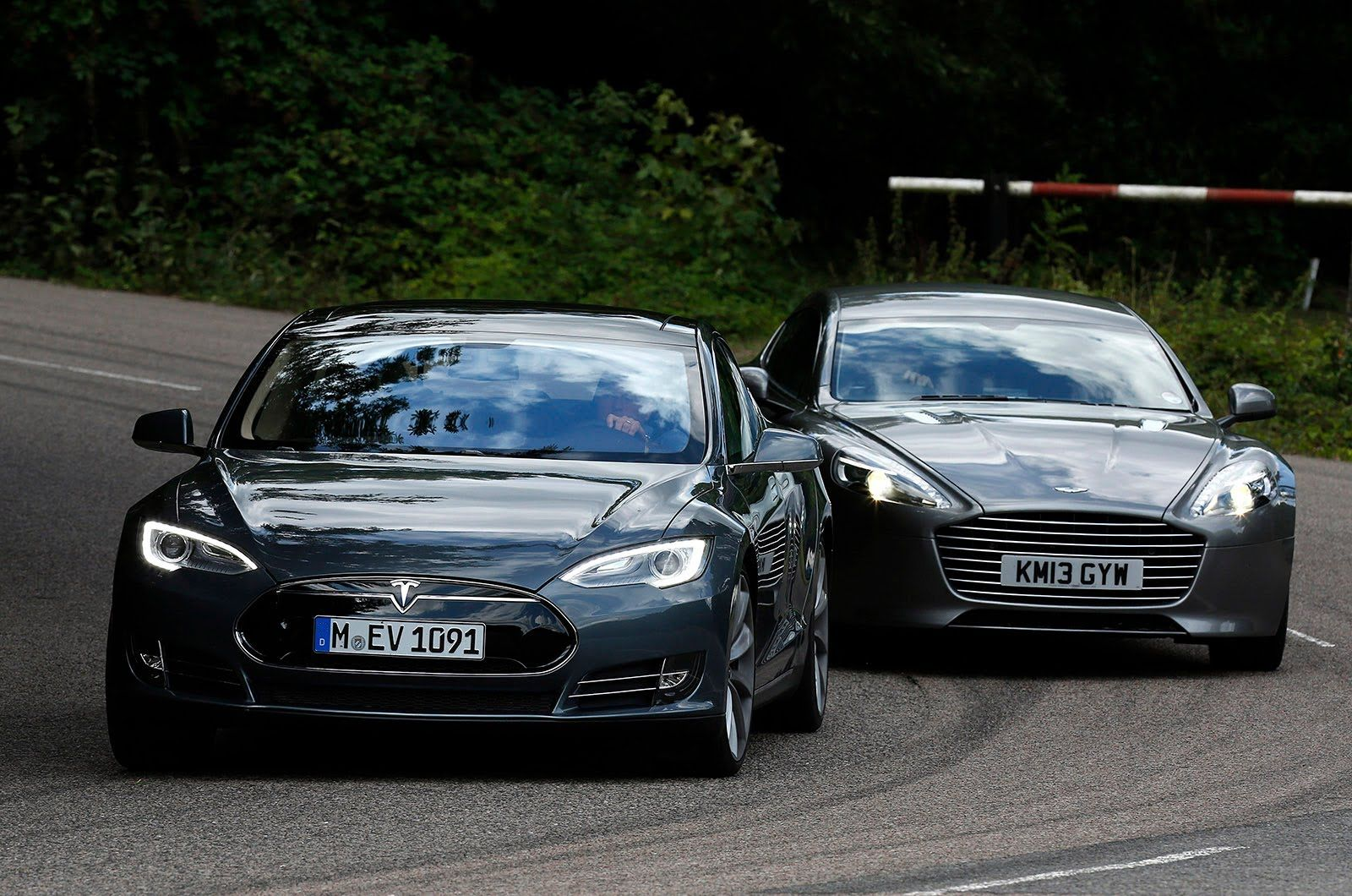 Tesla Model S Takes On The Aston Martin Rapide S In The