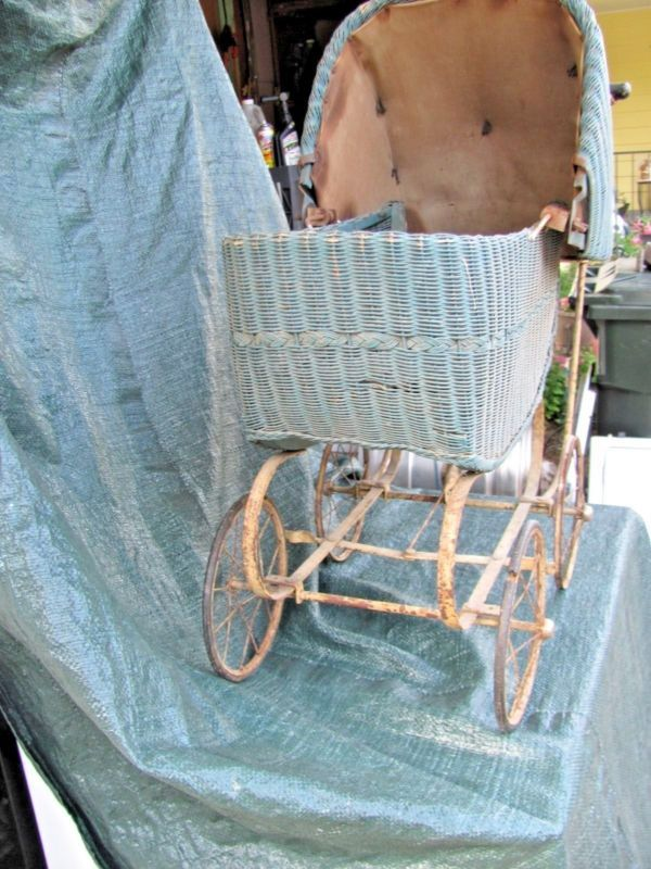 Antique Wicker Lloyd Lomb Baby Buggy Or Childs Toy