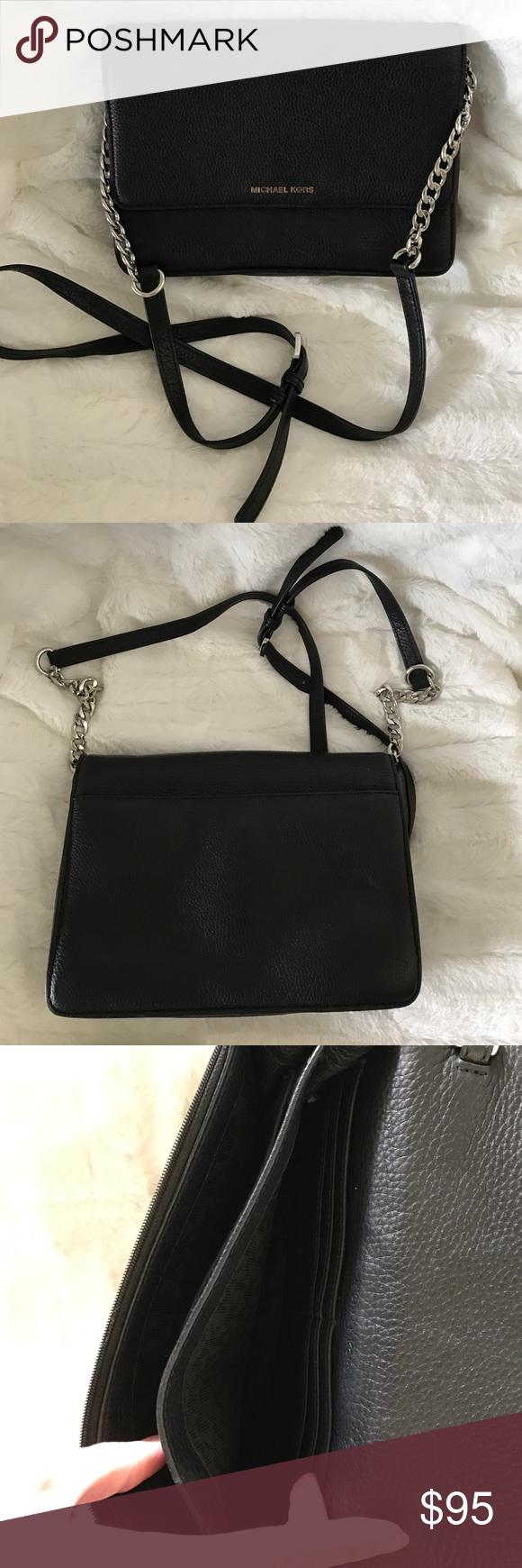be8c52cd61ce MICHAEL KORS Daniela Large Leather Crossbody Black 100% authentic Color  black Perfect condition except what