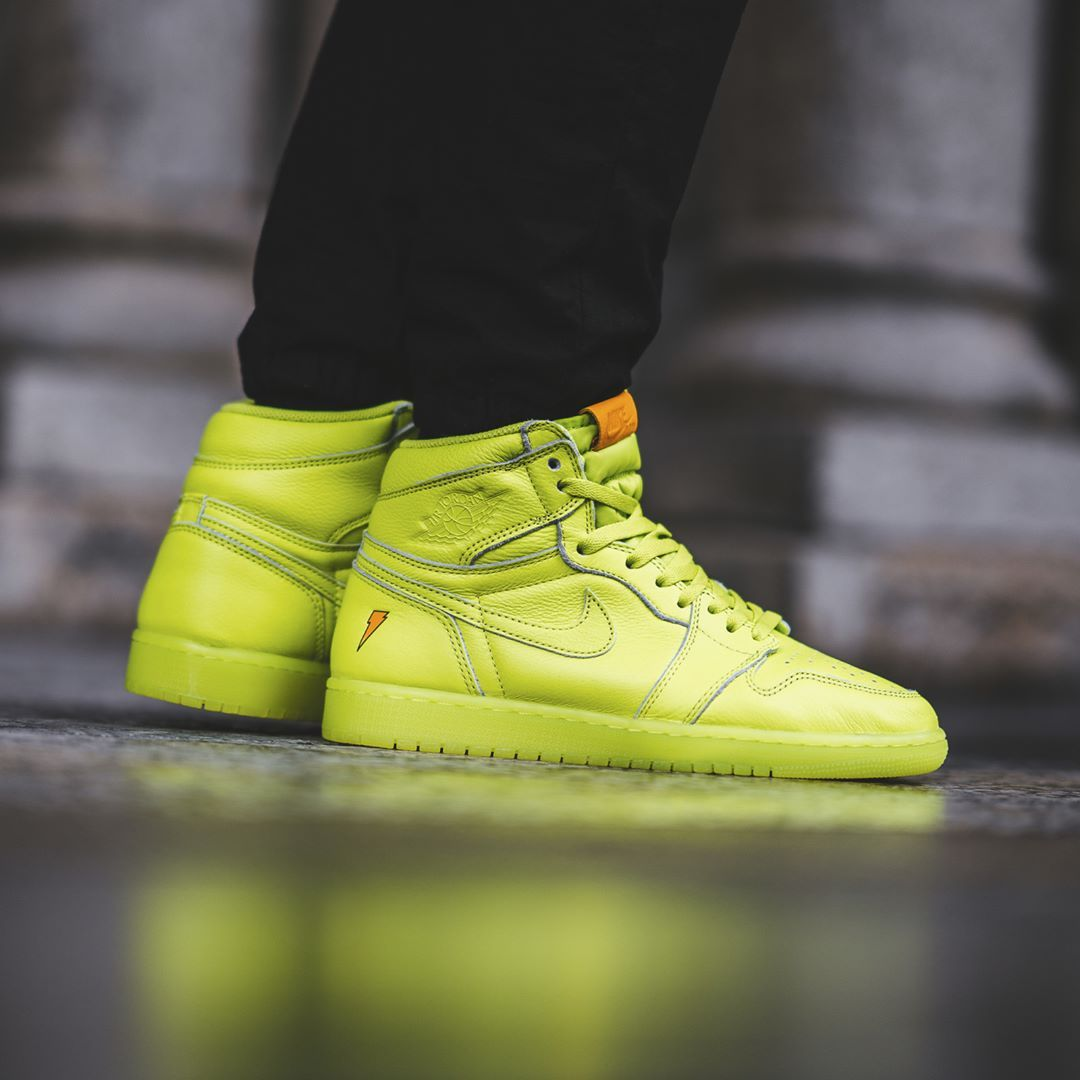 top fashion a64bd 71a47 Air Jordan 1 High Gatorade « Lemon-Lime »