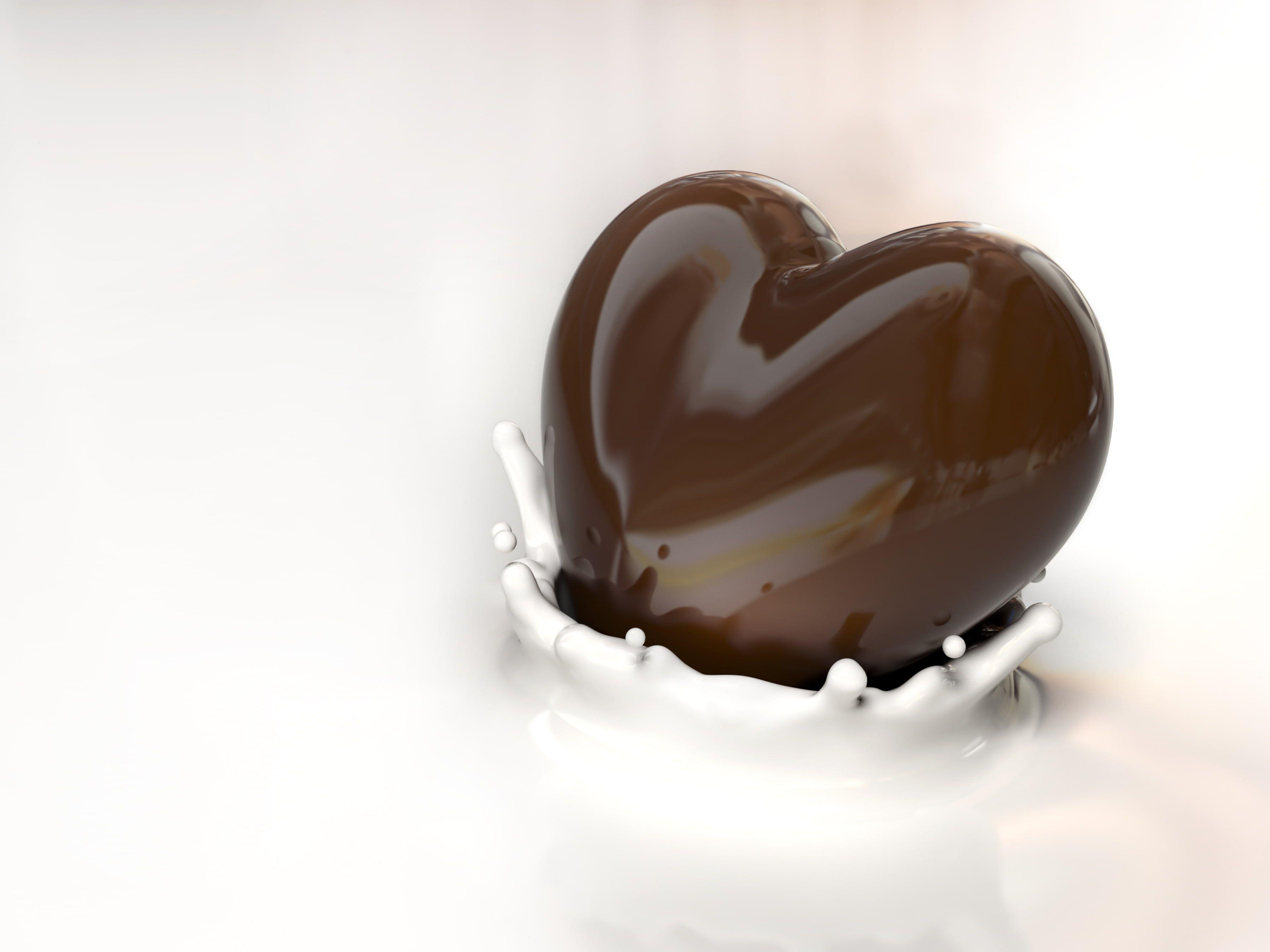 Pin By The Gabro On Sezione Aurea Chocolate Wallpaper Heart Chocolate Chocolate Milk