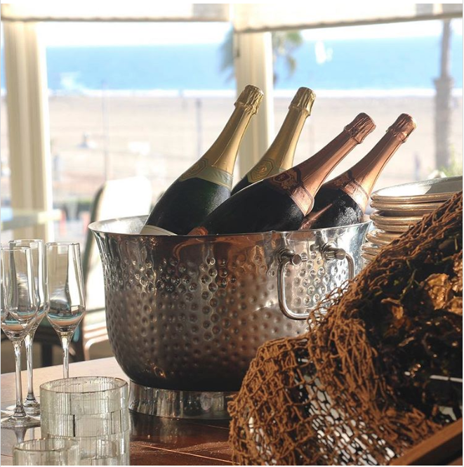 Dine With Ocean Views At Terrazza Lounge In Santa Monica S