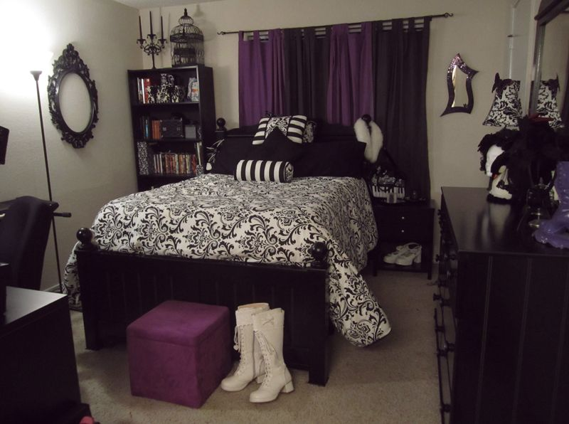 find this pin and more on dcor a gothic bedroom - Goth Bedroom Decorating Ideas