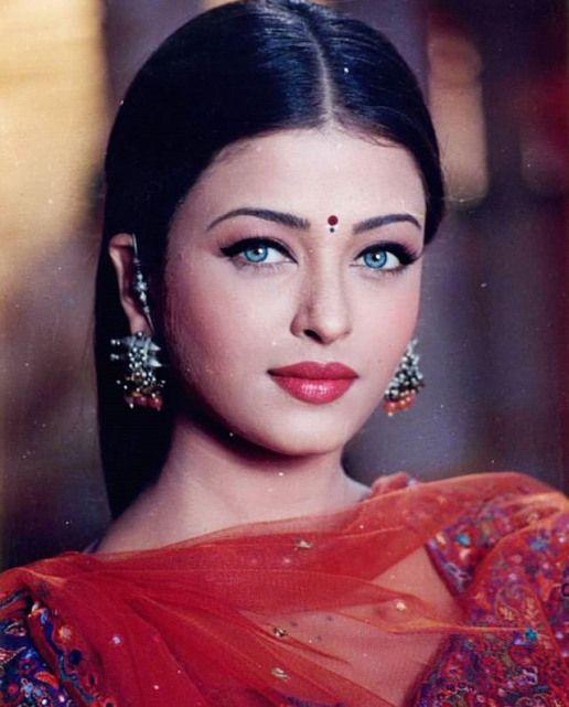 актрисы индийского кино фото с именами может быть, все