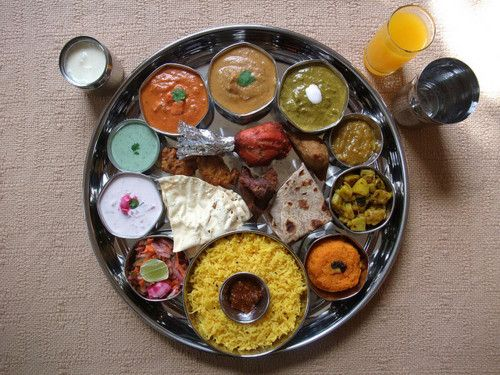 North indian thali indian cuisine vegetarian and non vegetarian north indian thali forumfinder Image collections