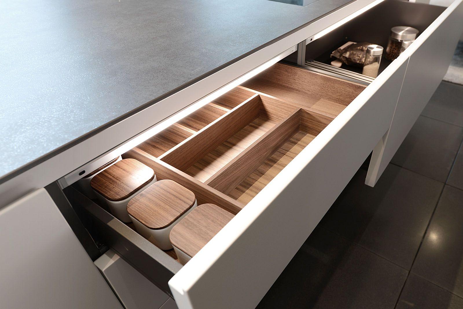 Varenna Mobili ~ Dettaglio portaposate in legno cucina varenna poliform. cucine