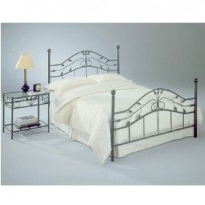 Sycamore Iron Bed In Hammered Copper Bed Styling Bed Frame And Headboard Bed