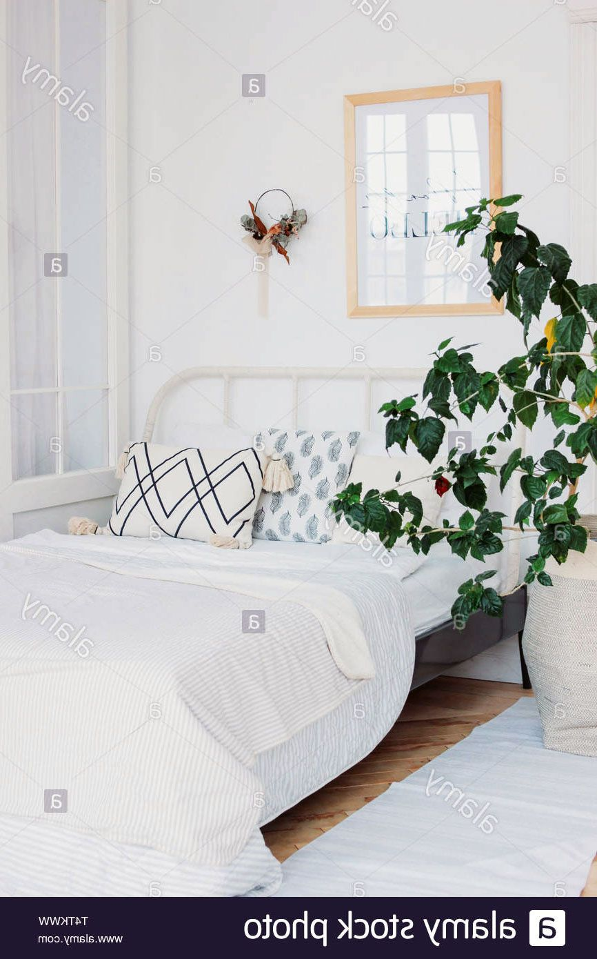33 Gorgeous Green Interior Bedroom With Scandinavian Style Bedroom Interior Green Interiors Scandinavian Interior Bedroom