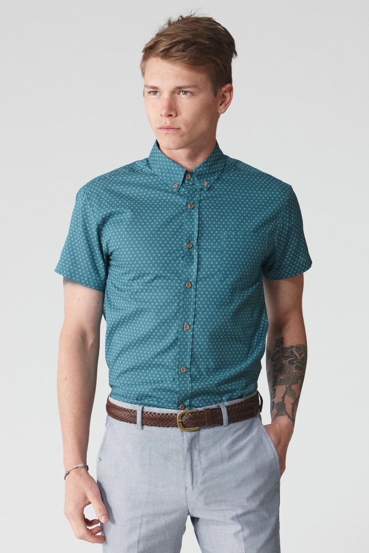 Business casual men, Casual shirts