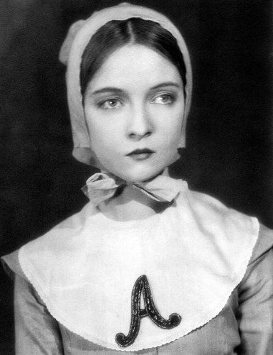she looks like such a baby in that apron. lillian gish as hester
