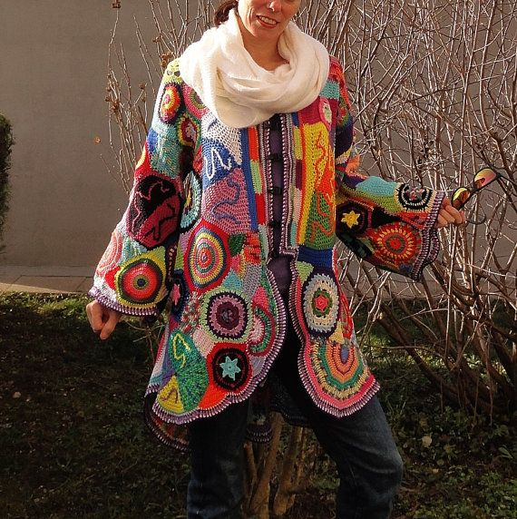That´s mi propio diseño increíble especial, todo hecho a mano! Patchwork, revival 70!  100 % algodón Arte de crochet. Uno de los tipos. Cada pieza es única y puede variar ligeramente del que en las fotos.  PARA CASI TODOS LOS TAMAÑOS Medidas: Del busto aprox. 116 cm/45.5  Delantero de la longitud aprox 76 cm/30  Volver la longitud aprox 90 cm/35,5  Mangas aprox 52 cm/20,5 Convo mí para obtener más información!  LISTO PARA ENVIAR.   Envío en todo el mundo! (Post esloveno es...