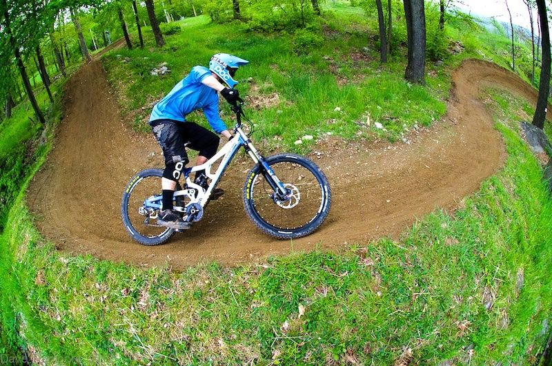 Reveals The Best Mountain Bike Parks In North America Best