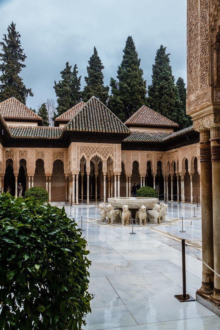 Patio De Los Leones Alhambra Granada Spain Spain Travel Tips