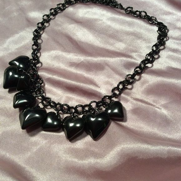 Gun metal heart necklace New without tags Accessories