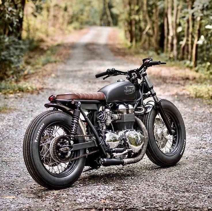 Photo of 23 Triumph Scrambler Motorcycles – vintagetopia