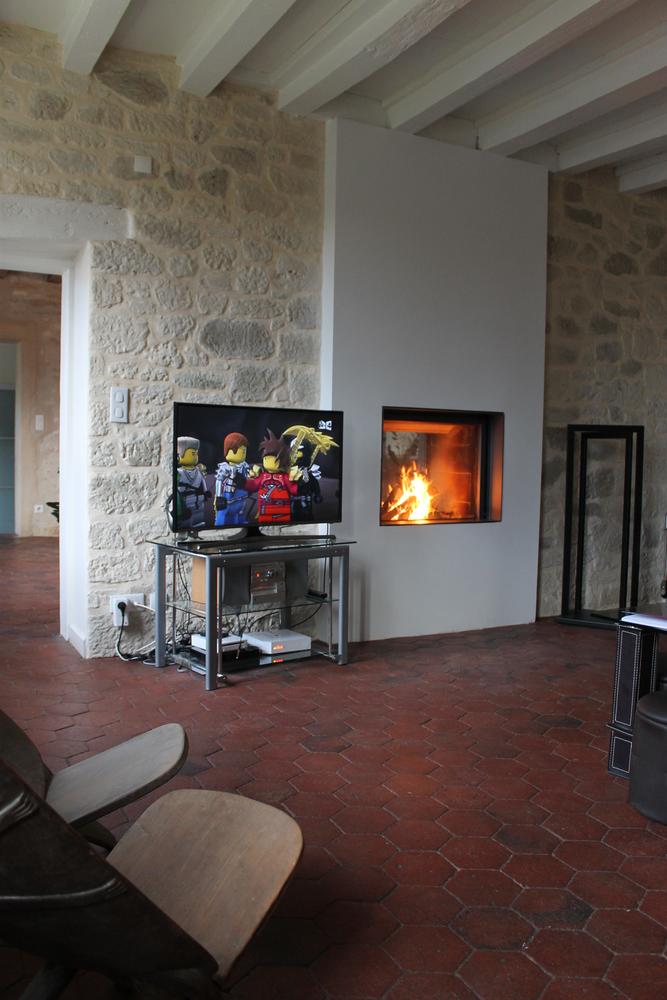 st v 21 85 df by concept flamme installateur p ele et chemin e dijon stuv st v cheminee. Black Bedroom Furniture Sets. Home Design Ideas