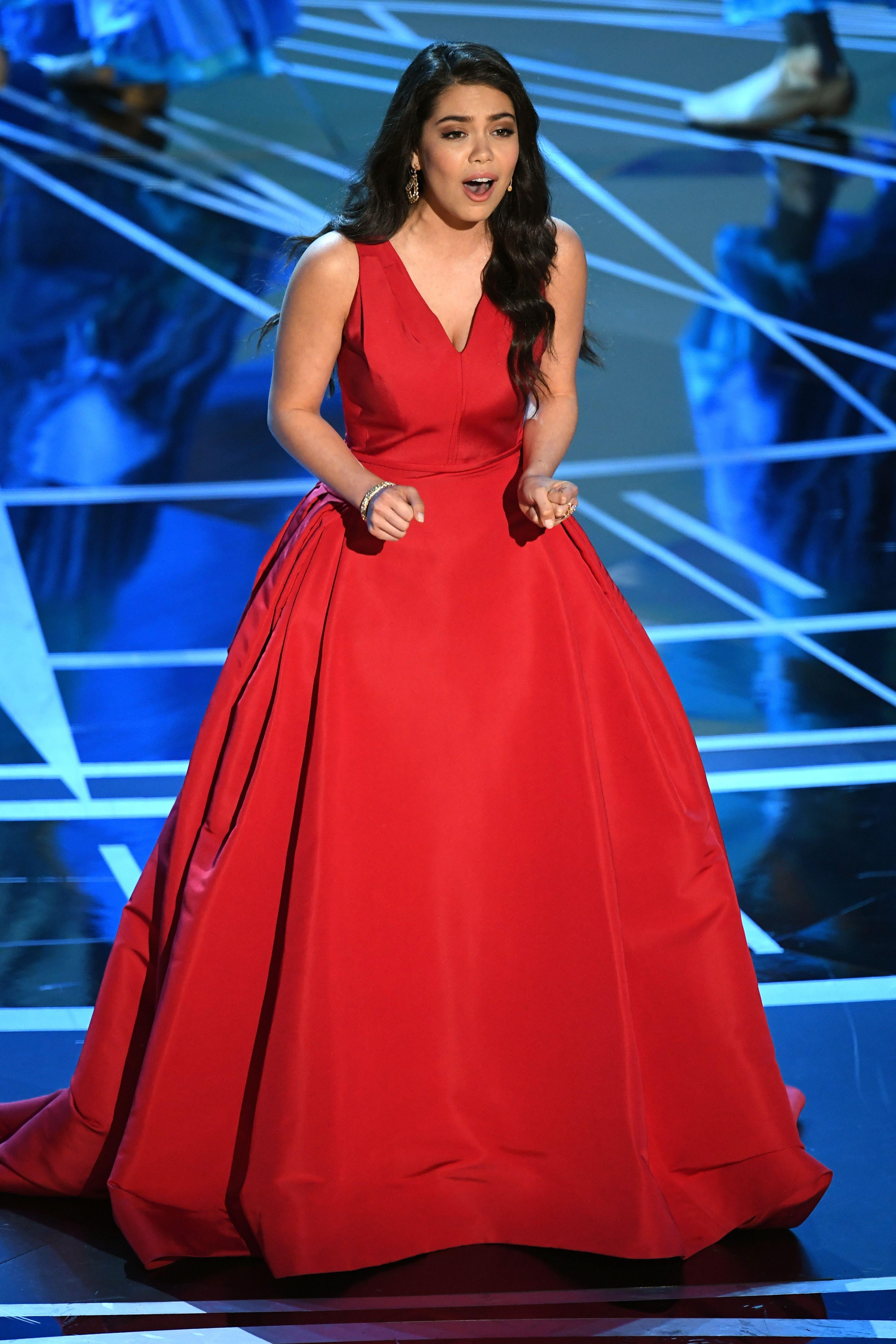 In Caroline Herrera Celebrity Inspired Outfits Event Dresses Fashion Forward Dress [ 5310 x 3540 Pixel ]