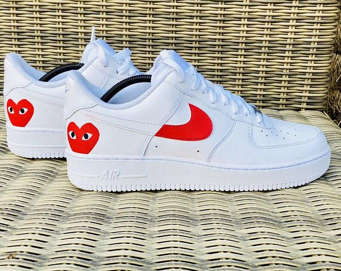 Nike Air Force 1 Com Heart Swoosh Pack | Etsy | Chaussures air ...