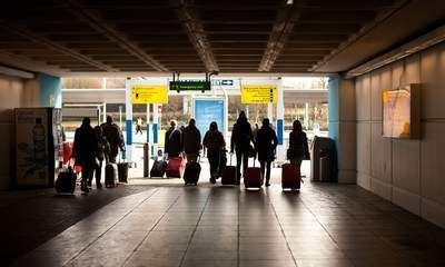 Terror Police Arrest Teen At Stansted Airport -  http://bit.ly/1CceLDo