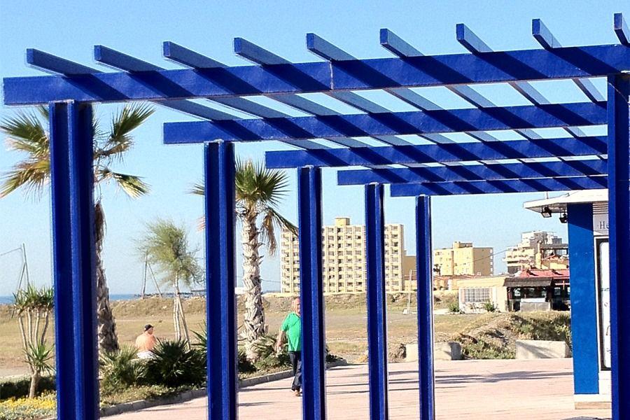 Resultado de imagen para pergolas metalicas fachadas - Estructuras metalicas para casas ...