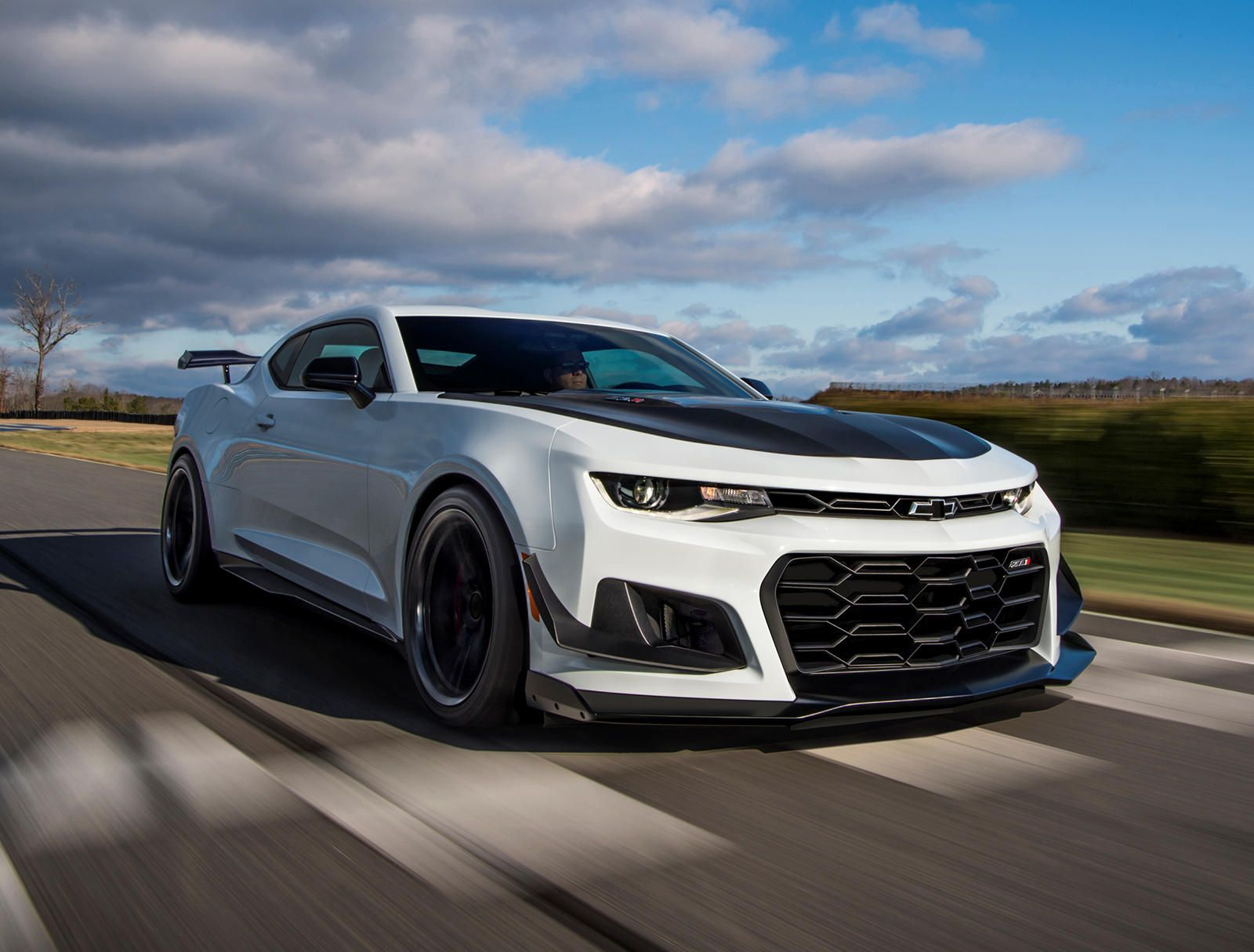 This Could Disappoint Some Chevrolet Camaro Fans In 2020 Camaro Zl1 Chevrolet Camaro Zl1 Camaro