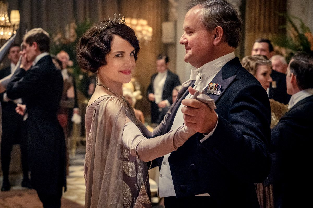 Downton abbey sequel in the works with new cast