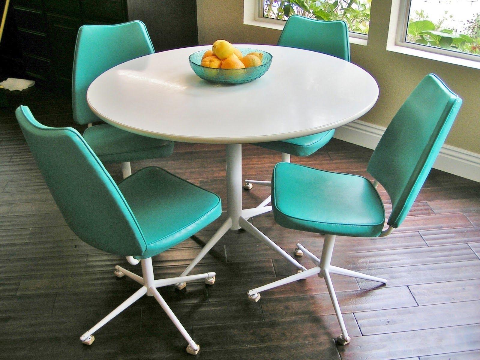 vintagec dinette sets | Sleek and Simple Lines: Vintage Turquoise ...