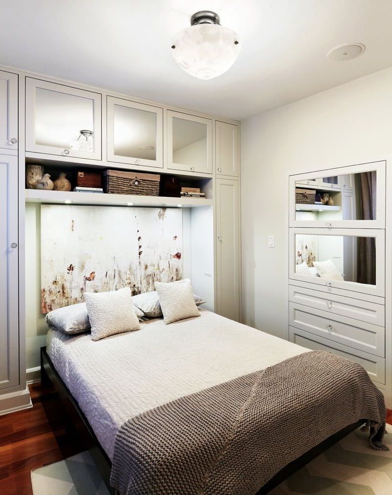 A Quick Guide To Get Some Space In Your Small Size Bedroom Small