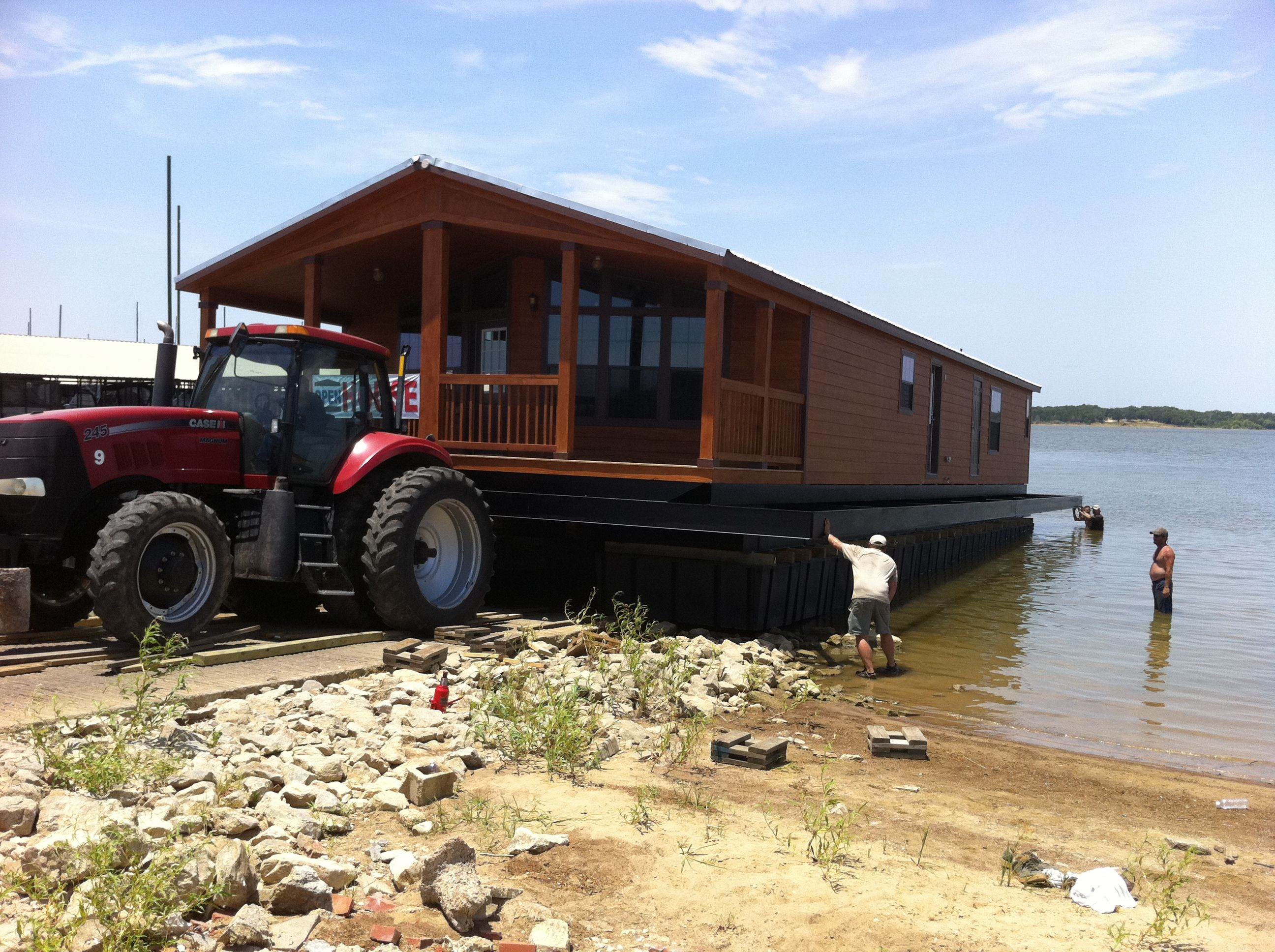 Pleasant Floating Vacation Homes For Sale On Lake Texoma Are Luxury Download Free Architecture Designs Remcamadebymaigaardcom