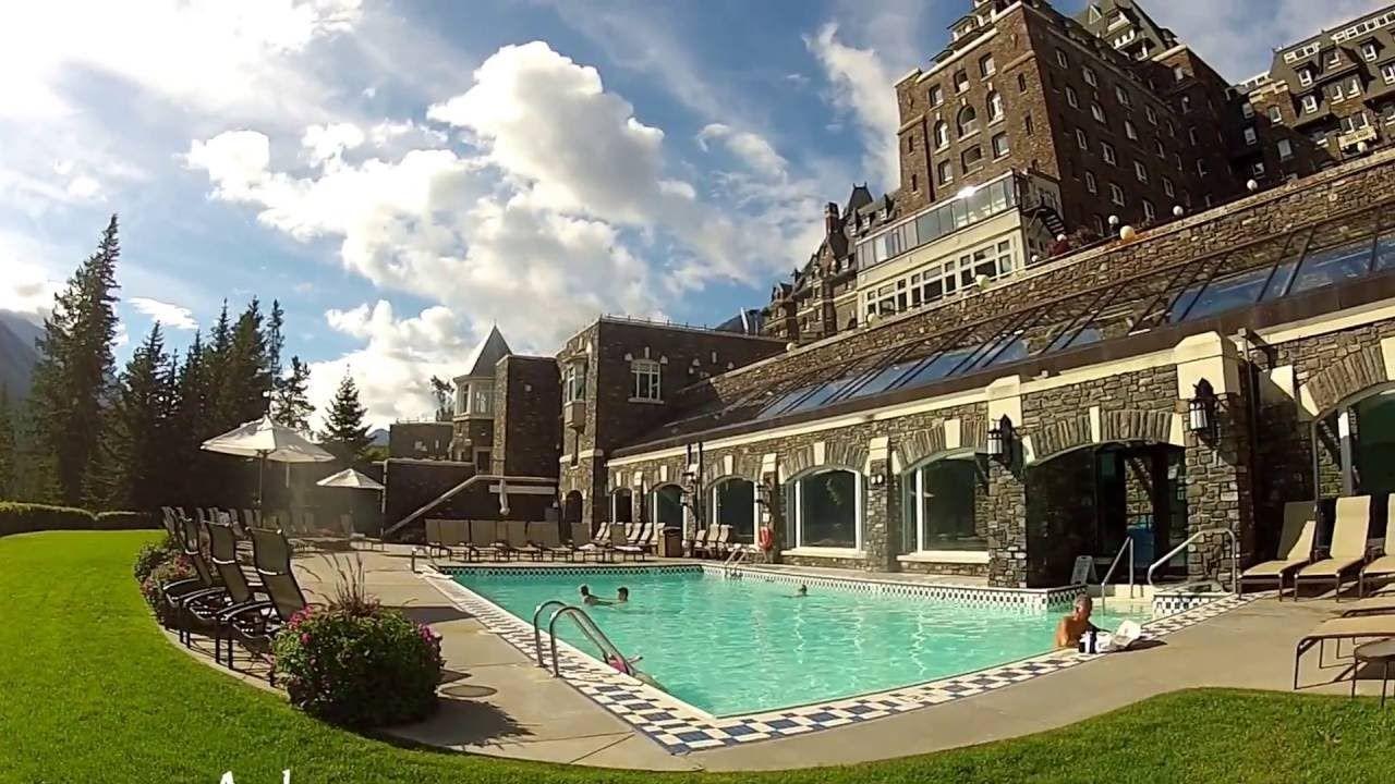 Banff Springs OUTDOOR Pool