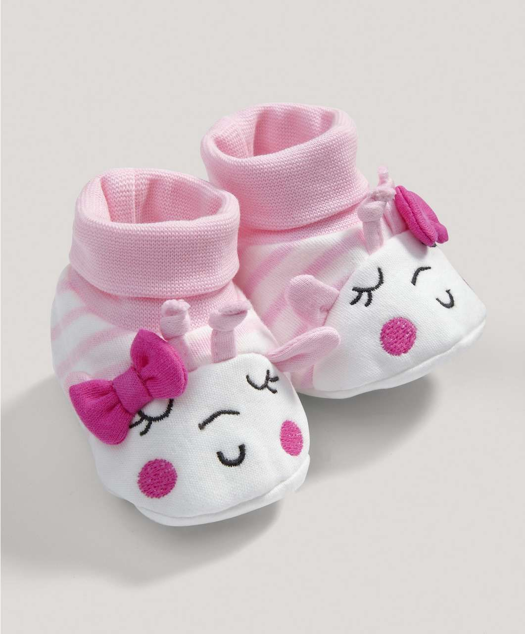 http://www.mamasandpapas.com/product-girls-cute-graphic-bootees/s0012698/type-s/