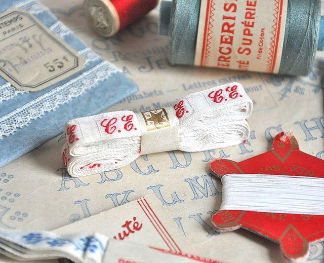Vintage Laundry Labels CE Par Petits Details