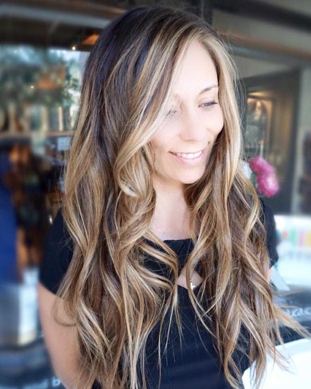 Dimensional balayage 🎨 #hairbykimjette #balayage @kimjettehair (at Winter Park, Florida)
