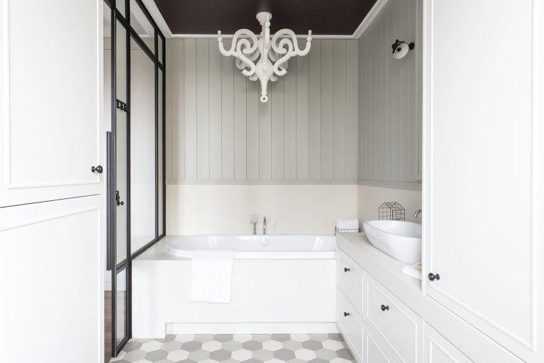 łazienka Prywatna W Mokotowskim Mieszkaniu Szklana ściana