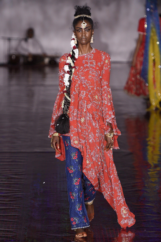 Ashish Spring 2017 Ready-to-Wear Collection Photos - Vogue