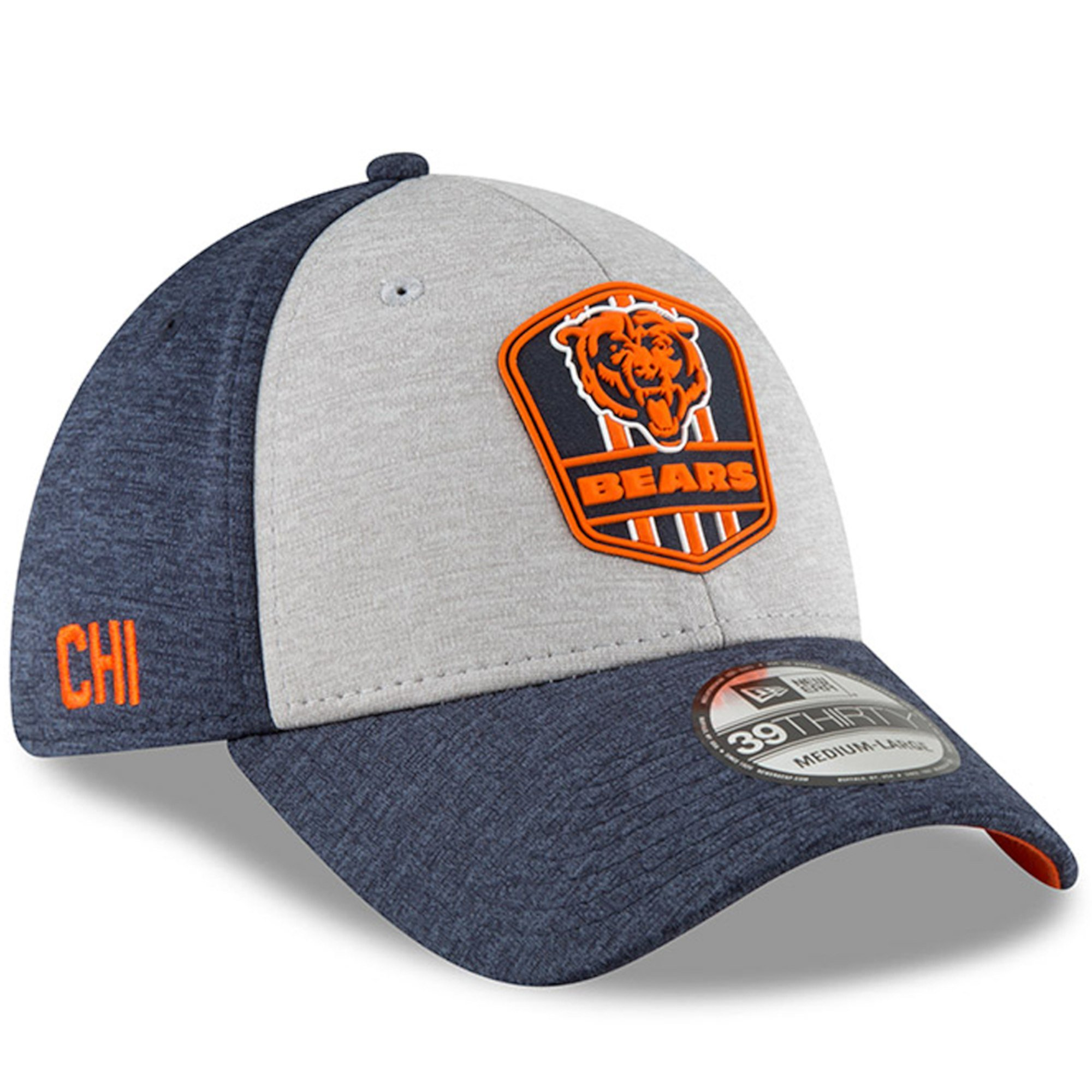 5a6466594 Men s Chicago Bears New Era Heather Gray Navy NFL18 Sideline Road Official  39THIRTY Flex Hat