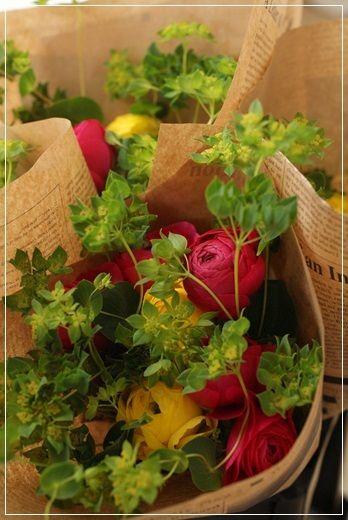 http://ameblo.jp/flower-note/entry-11819217434.html 【花束定期便】今日が締切です~♪|Flower note の 花日記